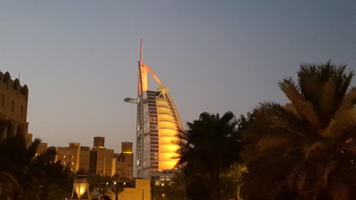 Zdjęcia: Dubaj, Żagiel , ZJEDNOCZONE EMIRATY ARABSKIE
