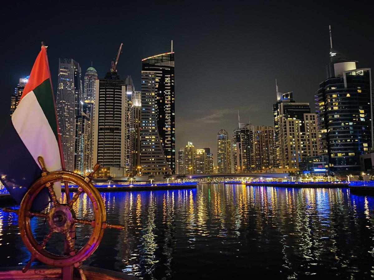 Zdjęcia: Dubaj , Zatoka Dubajska nocą , ZJEDNOCZONE EMIRATY ARABSKIE