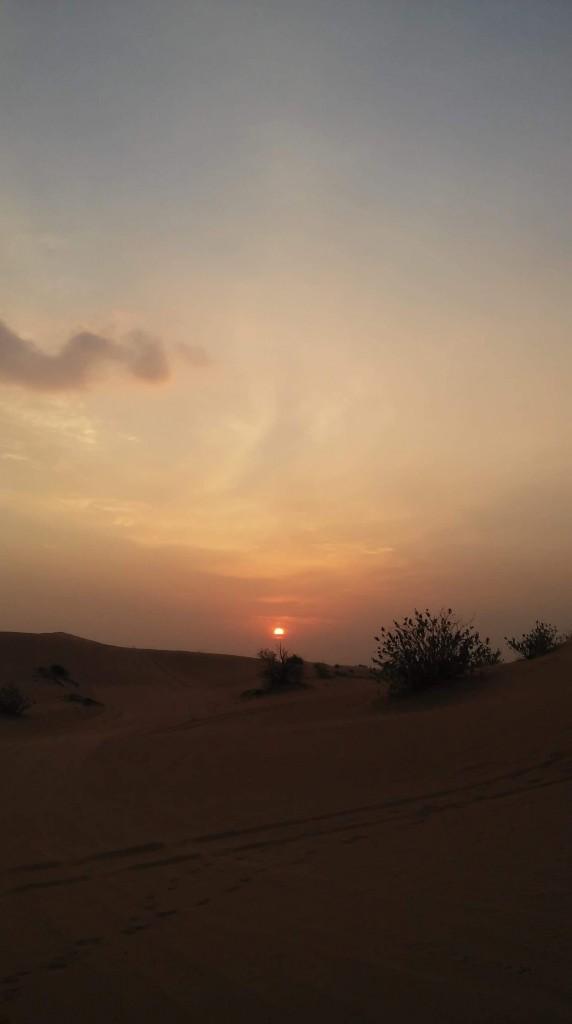 Zdjęcia: Niedaleko Dubaju, Zachód słońca na pustyni, ZJEDNOCZONE EMIRATY ARABSKIE