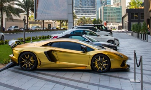 Zdjecie ZJEDNOCZONE EMIRATY ARABSKIE / Dubai / Dubai / coś dla męskich zmysłów