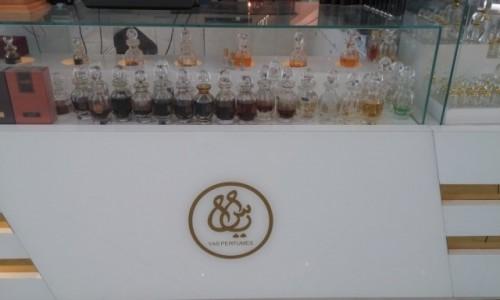 ZJEDNOCZONE EMIRATY ARABSKIE / Emirat Abu Zabi / Abu Zabi / Emirackie perfumy YAS