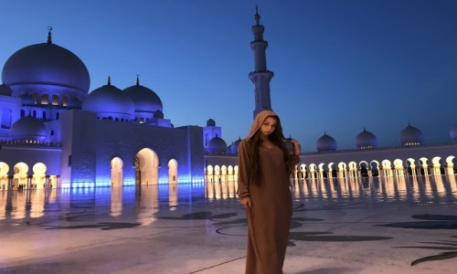 Zdjecie ZJEDNOCZONE EMIRATY ARABSKIE / Abu Dhabi  / Zeyed Mosque / Meczet