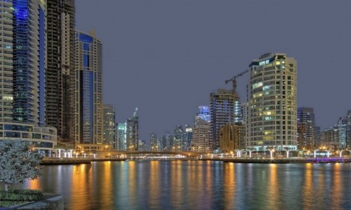 Zdjecie ZJEDNOCZONE EMIRATY ARABSKIE / Dubaj / Marina / Dubaj nocą