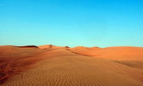 Zdjecie ZJEDNOCZONE EMIRATY ARABSKIE / Dubaj / Dubaj / Pustynia  Ar-Rab al-Chali