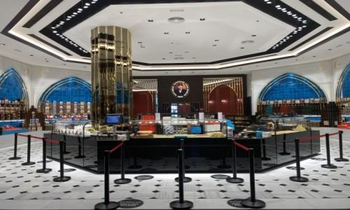 Zdjecie ZJEDNOCZONE EMIRATY ARABSKIE / - / Dubai Mall  / Arabskie sklep ze słodyczami